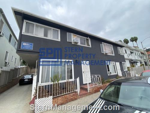 California Oaks Property Management on California Oaks Property Management On Great 2 Bed Unit Two Doors For