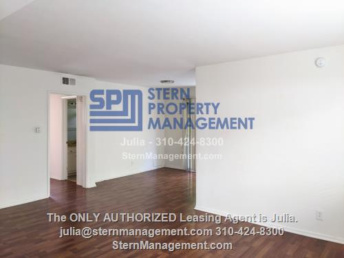 image 5 unfurnished 3 bedroom Apartment for rent in West Hollywood, Metro Los Angeles