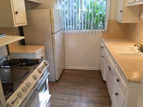 Apartment For Rent In Beverly Hills Adjacent 465 S Le