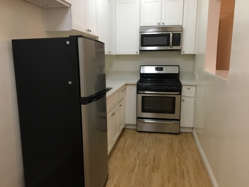 Apartment For Rent In Los Angeles 133 N Reno St 106