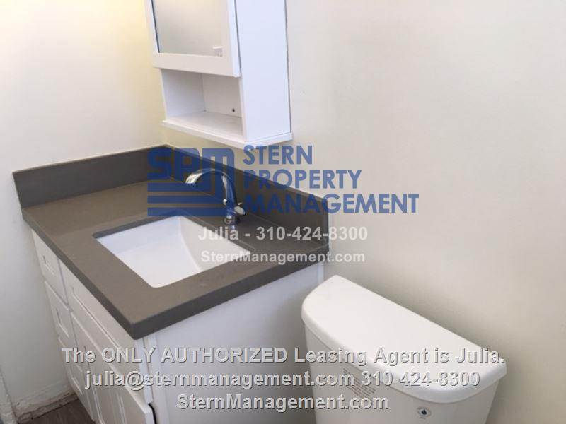 Apartment For Rent In Palms 3365 Keystone Avenue 5 Los